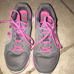 Underarmour Athletic Shoes